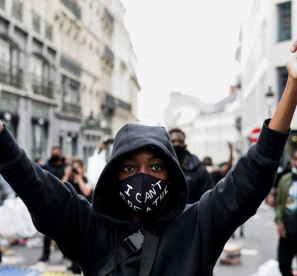 A demonstrator protest during an anti-racism protest, in Brussels, on June 7, 2020, as part of a weekend of 'Black Lives Matter' worldwide protests against racism and police brutality in the wake of the death of George Floyd, an unarmed black man killed while apprehended by police in Minneapolis, US. (Photo by Kenzo TRIBOUILLARD / AFP) (Photo by KENZO TRIBOUILLARD/AFP via Getty Images)