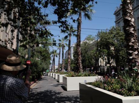 Από την Αθήνα των Ελλήνων στο Λημέρι των Κατσαπλιάδων